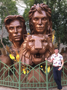 A special meow-ment with Siegfried & Roy